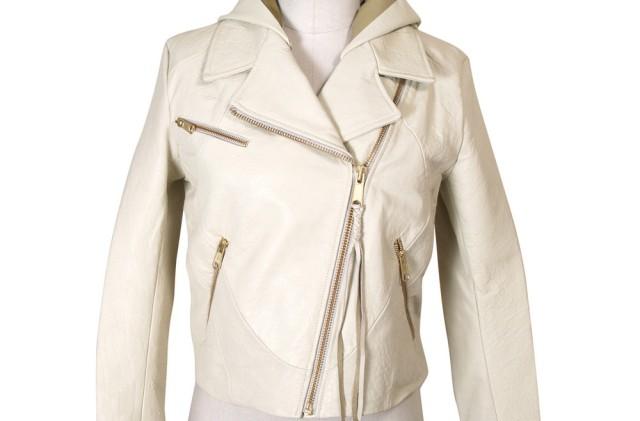 чистка белой кожаной куртки