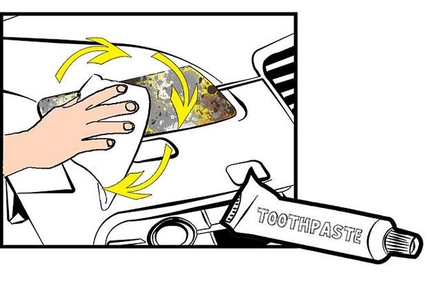 Наносите зубную пасту сухой мягкой тряпочкой.