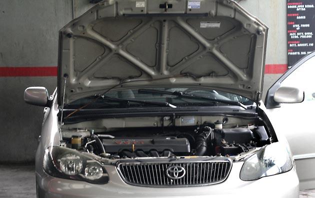 Прогрейте двигатель перед заменой