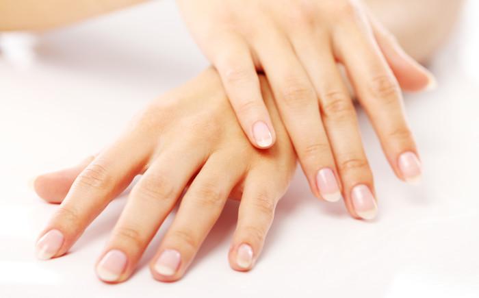 Здоровые ногти вместе с комплексом Fito Nail System