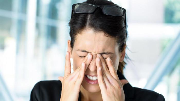 Массажер HealthyEyes снимает усталость глаз