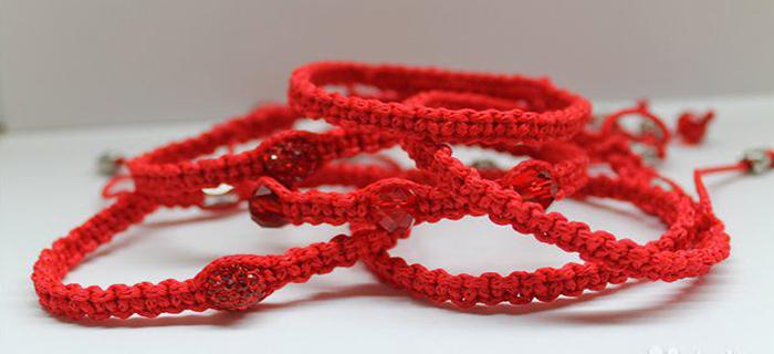 Материал изготовления красной нити