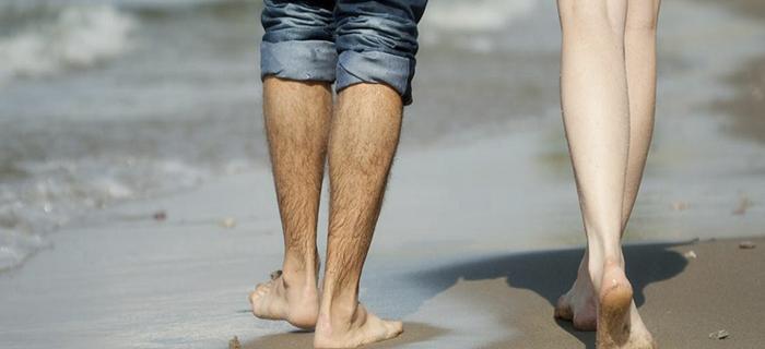 Причины роста волос на ногах