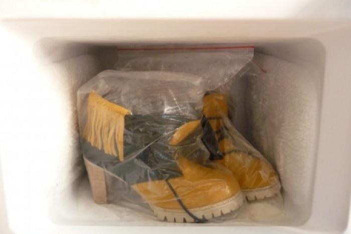 обувь в морозильнике