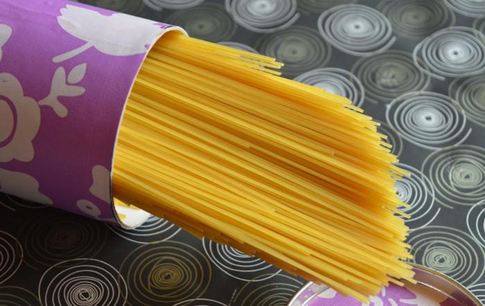 спагетти в трубе принглс