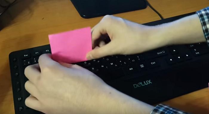 стикеры для очистки клавиатуры
