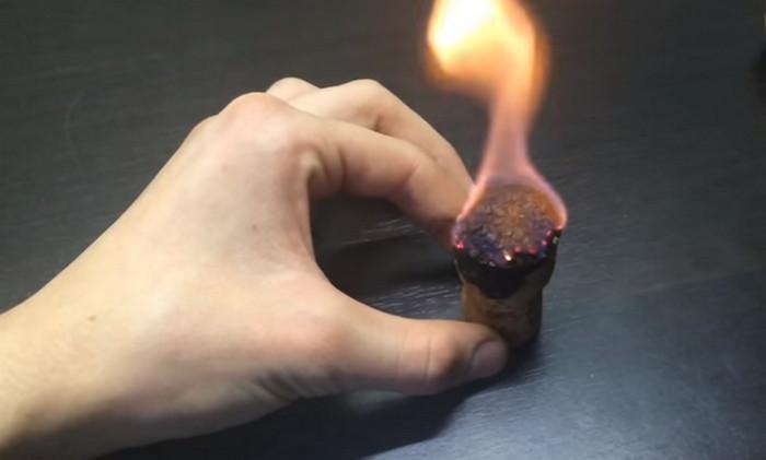 свеча из пробки