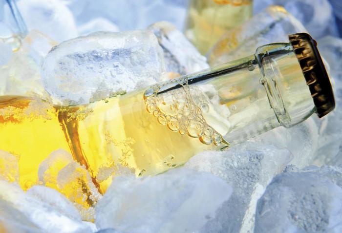 бутылка во льду