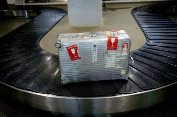 """маркировка чемодана """"хрупкие предметы"""""""