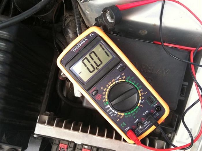 замер утечки тока амперметром