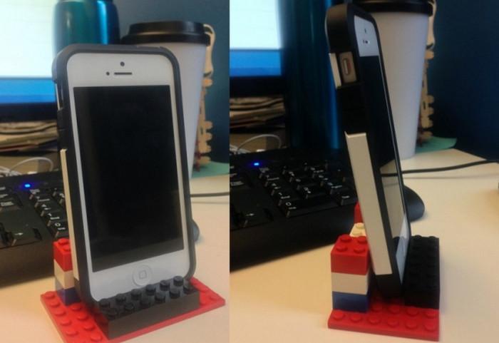 подставка для смартфона из лего