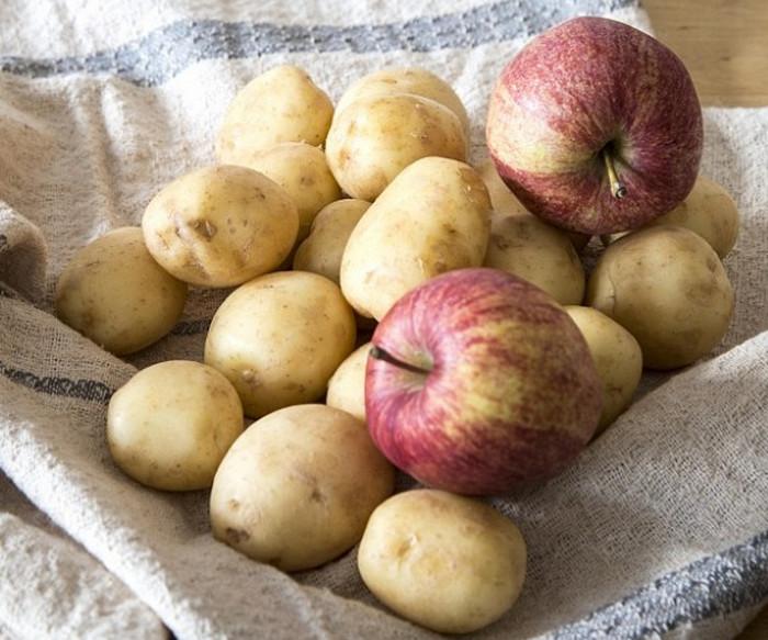 картошка с яблоками