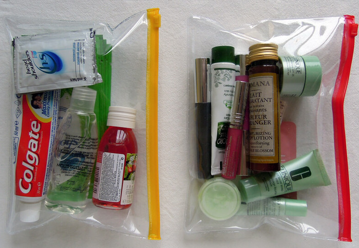 жидкости в пакете с зип-застежкой