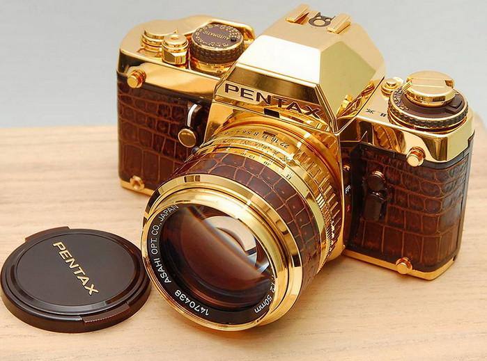 фотоаппарат из золота
