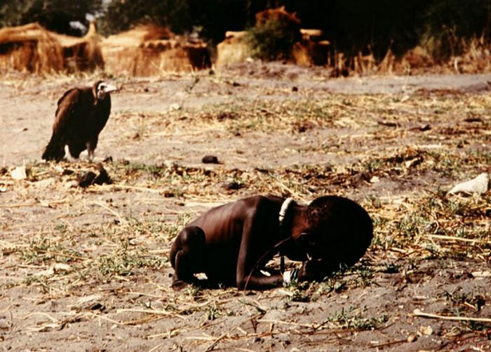 фотография голод в судане