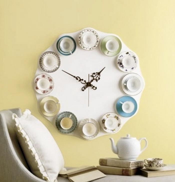 часы из чашек