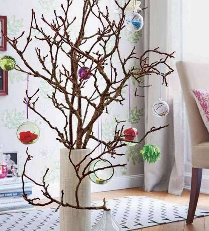 елка из сухих веток