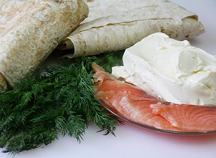 лаваш, семга и сливочный сыр