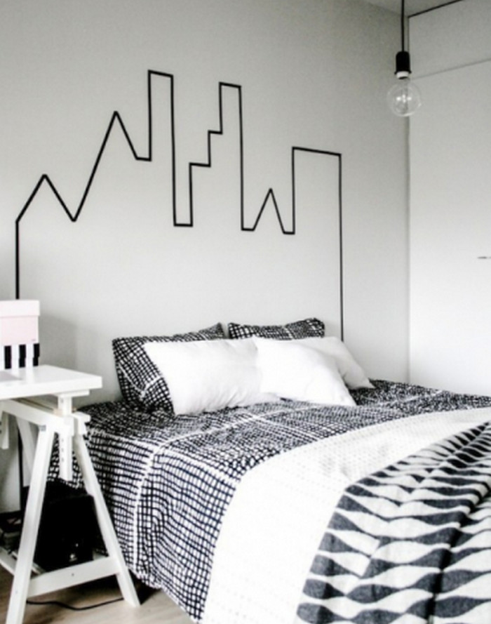 рисунок изолентой на стене
