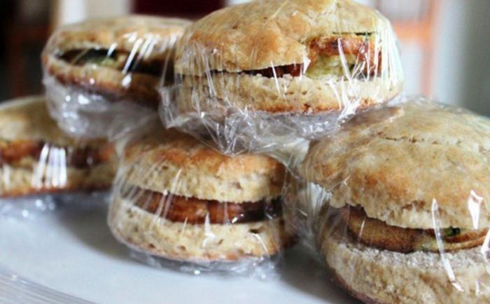 сэндвичи в пищевой пленке