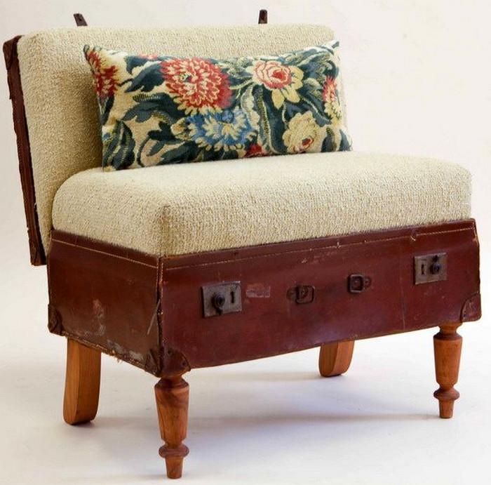 мягкое кресло из чемодана