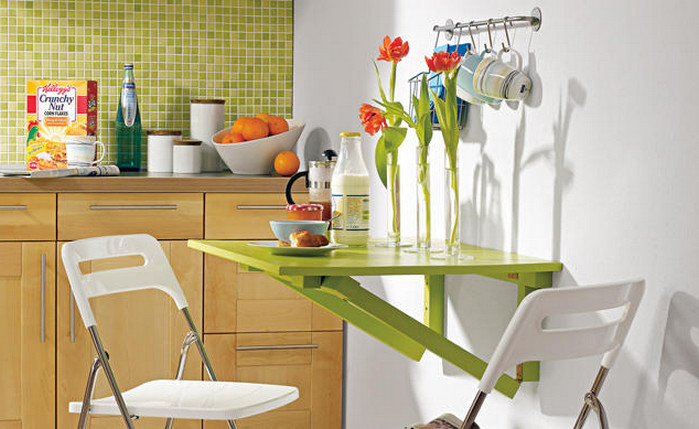 раскладывающийся столик на кухне