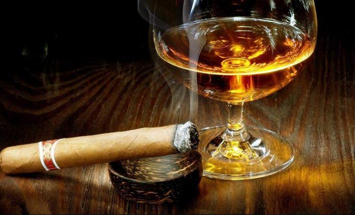 сигара и виски