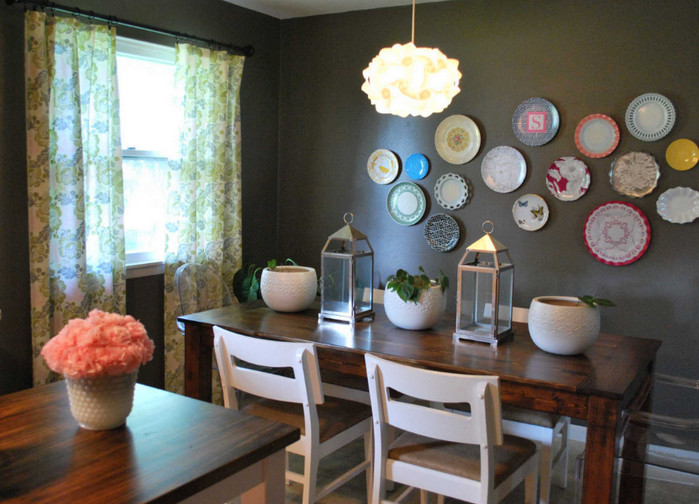 тарелки на стене