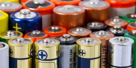 10 лайфхаков с батарейками: территория тайн и опасных опытов
