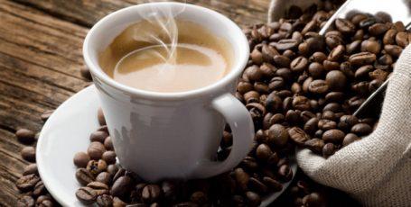 ТОП 10 хозяйственных лайфхаков с кофе: не про напиток