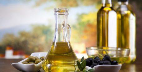 10 лайфхаков с растительным маслом: расширяем границы обыденного