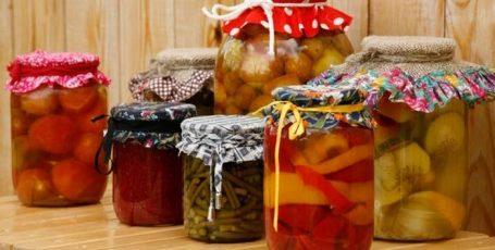 ТОП 10 лайфхаков для консервирования: умные советы, которые не подведут