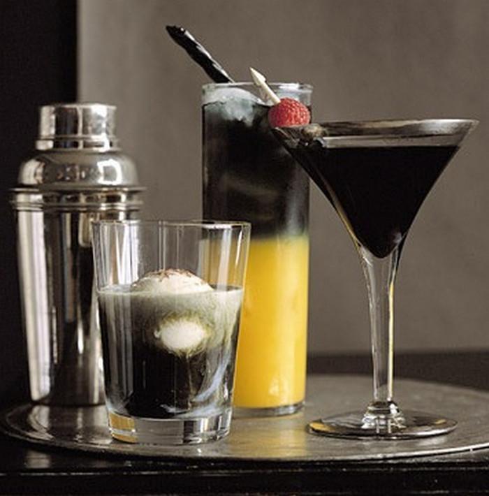 коктейли с черной водкой