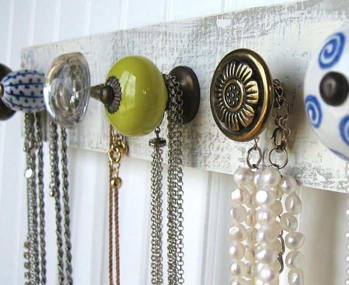 украшения на дверных ручках