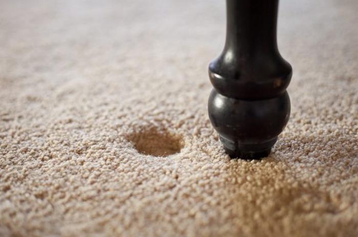 вмятина от мебели на ковре