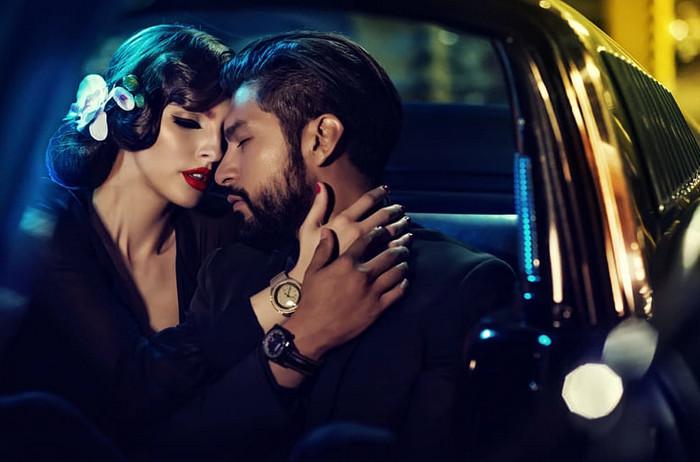 мужчина и женщина в лимузине