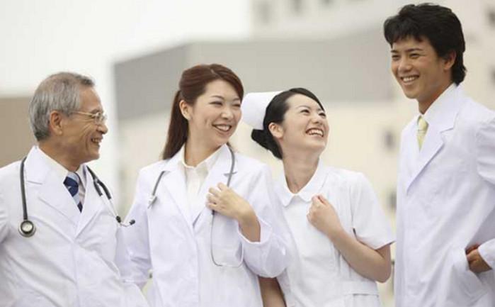 японские врачи
