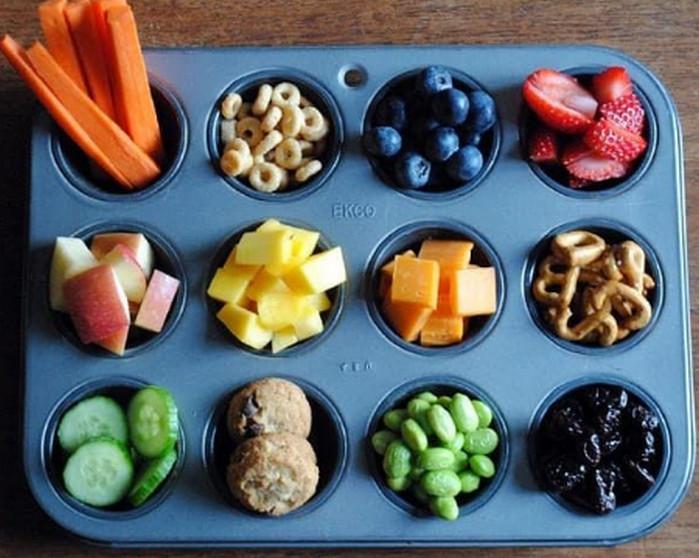 фрукты в форме для кексов