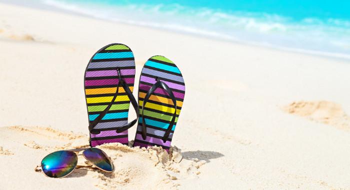 шлепанцы на пляже