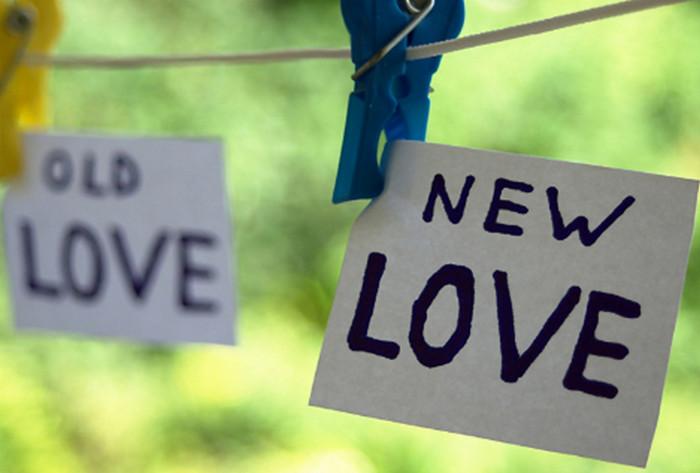 надпись новая любовь