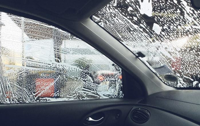 мокрые стекла