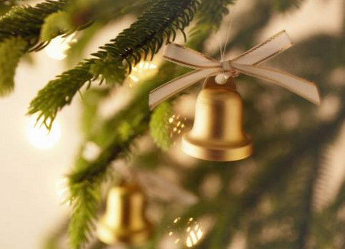 колокольчик на елке