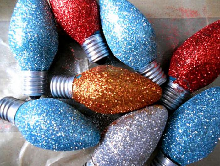 игрушки для елки из лампочек