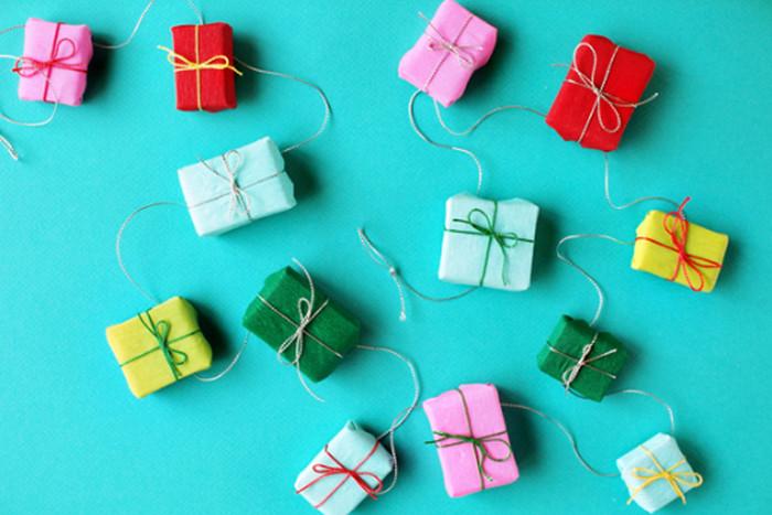 игрушка для елки из спичечных коробков