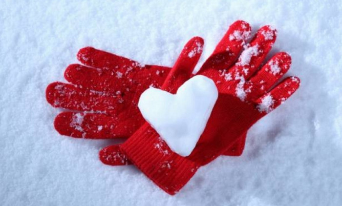 сердце из снега