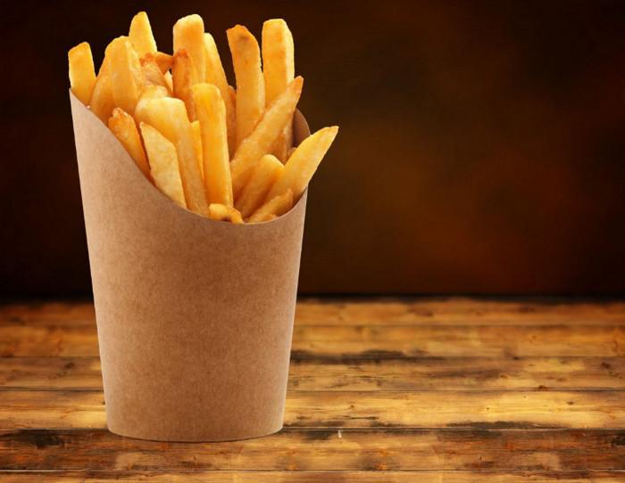 пакет с картошкой фри