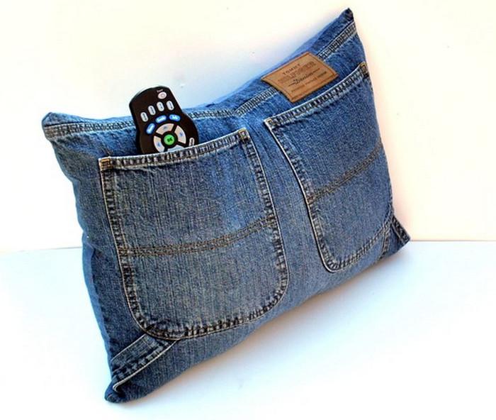 подушка из джинс
