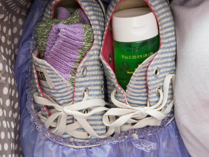 обувь в сумке
